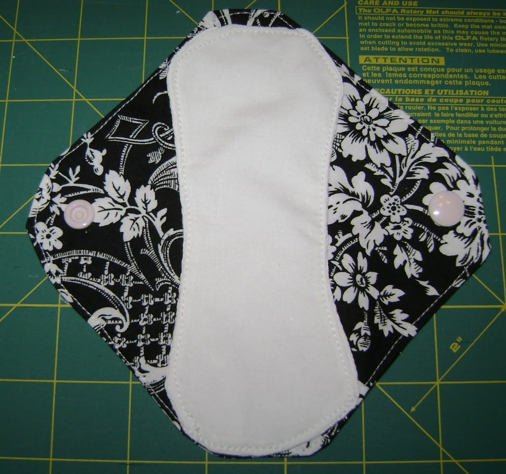 Diy Cloth Pads Tutorial: How To Make Your Own Reusable Cloth Menstrual Sanitary